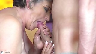 Granny gets young fuck-stick in unshaved elder gash