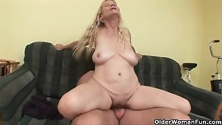 Old mummy with ample mounds and unshaved beaver gets facial cumshot