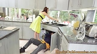 Housewife bbc inserted in interracial trio