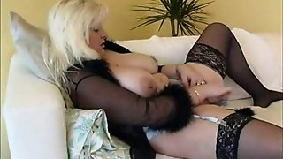 Chubby housewife in stockings plays with new orgy toy