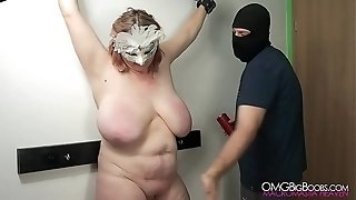 First-timer sadism & masochism gimp gets her orbs penalized