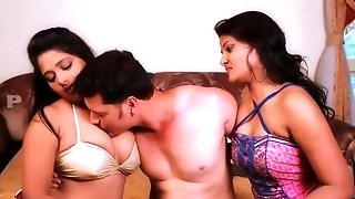 Ek Mali Do Kali fortunate man Romance With two cuties