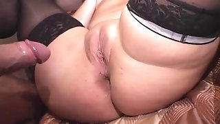 Italian Dilettante-big cool woman-Reality in Groupsex-Anal
