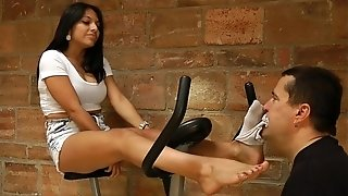 Dolores's sweat-soaked exercise soles - www.c4s.com/8983/14673733