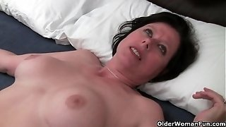 Brit mummy Julie is frolicking her mature and unshaved cooter